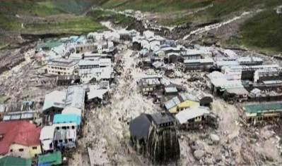 B_Id_394701_kedarnath-flooded